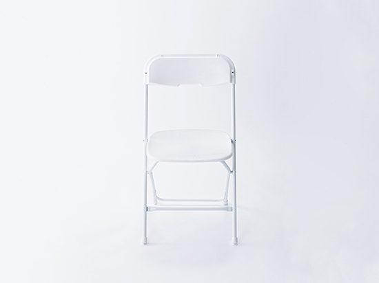 台湾生まれの、カラフルな屋外用折りたたみ椅子 「Wen's Chair(ウェンズチェア)」